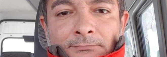Volontario della Croce Rossa muore a 39 anni stroncato da un infarto mentre guida l'ambulanza