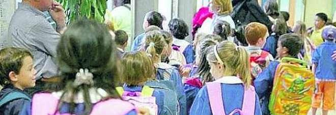 Il campidoglio assume 1121 maestre per nidi e scuole for Addobbi natalizi per scuole materne
