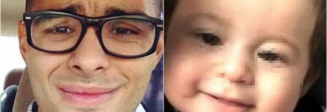 Poliziotto litiga al telefono con la moglie e dimentica il figlio di 11 mesi nella vasca: il piccolo muore annegato