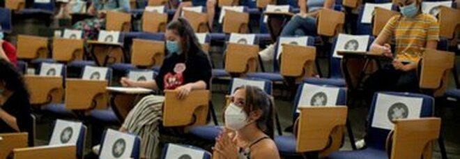 Università: l'Italia in coda nelle percentuali di laureati in Unione europea. Peggio di noi solo la Romania