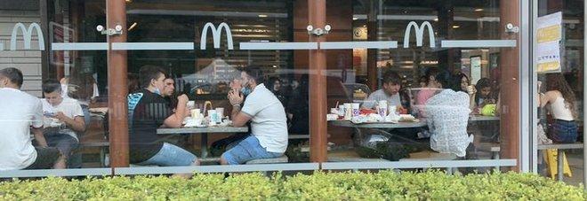Gianmarco Tognazzi attacca i fast-food: «Perché un ristorante deve fallire e questi fanno come c...o gli pare?»