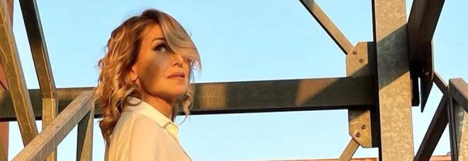 Barbara D'Urso, la frase malinconica alla fine di Pomeriggio 5 preoccupa i fan: «Che succede?»