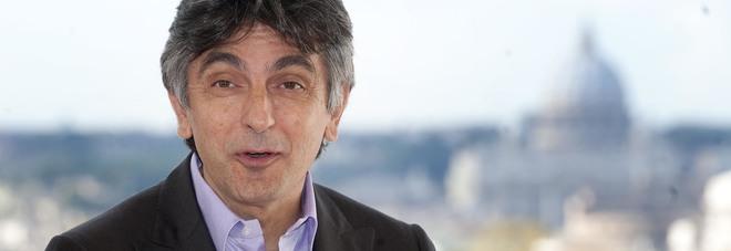 Morta la mamma di Vincenzo Salemme, l'annuncio del sindaco di Bacoli su Facebook