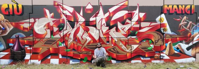 Il writer Rocco: «Così regalo un po' di colore ai muri tristi dei paesi»