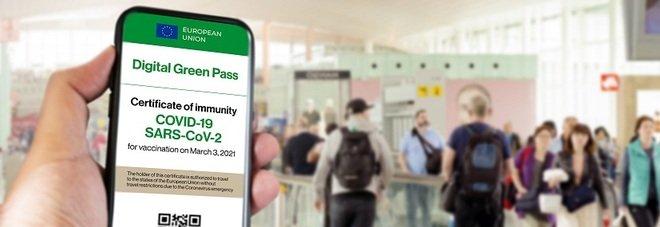 Green pass per viaggi ed eventi, si può avere già dopo la prima dose di vaccino. Ecco quanto dura