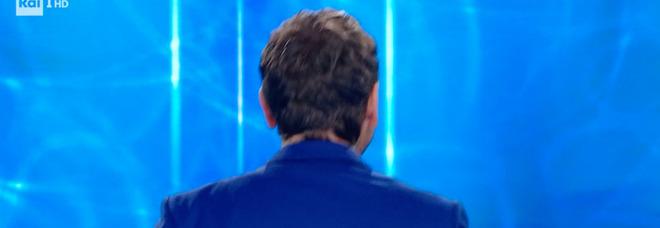 """Reazione a Catena, il gesto choc dei concorrenti fa """"infuriare"""" Marco Liorni che lascia lo studio: «Me me vado»"""