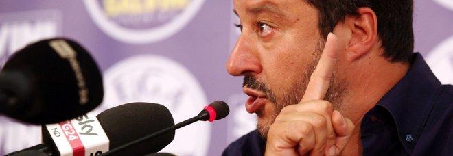 Salvini: «Esecutivo fino a dicembre con M5S, no a premier tecnico»