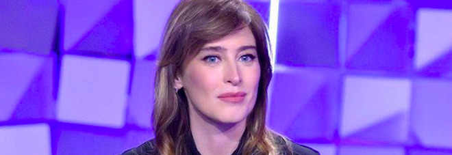 Maria Elena Boschi a Verissimo: «La preghiera la prima sera con Giulio Berruti? Ecco come è andata»