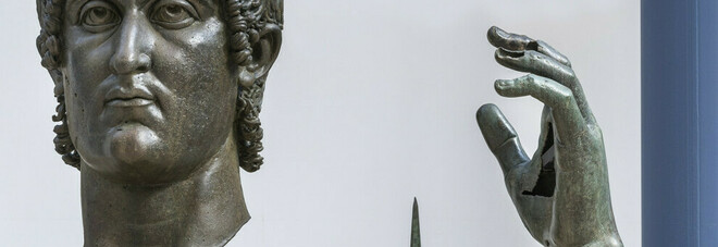 Musei capitolini, ricomposta la mano del Colosso di Costantino