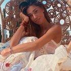 Belen Rodriguez, come si mostra a pochi giorni dal parto: la splendida forma fisica