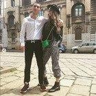 Milano, Fabrizio Corona torna ad abbracciare Nina Moric: le foto con il figlio Carlos per la maturità