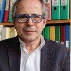 Covid, Crisanti contro Zangrillo a Cartabianca: «Troppa euforia ha indotto comportamenti non coerenti, spero non se ne penta»