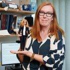 Covid, la scienziata co-fondatrice di Astrazeneca diventa una Barbie