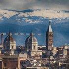 La neve circonda le montagne intorno a Roma e lo spettacolo è mozzafiato