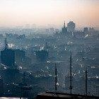 Covid, lo studio: «Lo smog non favorisce la circolazione del virus nell'aria»