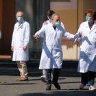 Coronavirus a Roma, bollettino Spallanzani: «37 positivi, 8 con supporto respiratorio»