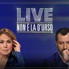 Non è la D'Urso, Matteo Salvini e Barbara D'Urso pregano in diretta l'eterno riposo per le vittime del coronavirus