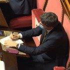 Conte: «Questa crisi ha aperto una ferita profonda». La reazione di Renzi