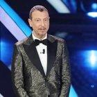 Sanremo 2021, il cast dei cantati in gara: ci sono anche Fedez e Achille Lauro. Red Ronnie spoilera i possibili nomi