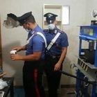 Roma, scoperta dai carabinieri raffineria di cocaina a San Basilio. Sequestrata droga per 150mila euro