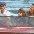 Belen, gita in famiglia sul lago di Como. E spunta il gossip con Andrea Damante...