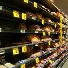 Paura lockdown, i napoletani all'assalto dei supermercati