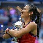 Emma Raducanu, la 18enne batte ogni record agli US Open: «Ho sempre sognato di vincere, merito di tutto il mio team»
