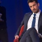 Fabrizio Corona, il post dopo Live Non è la D'Urso: «Non si tiene così un bambino»