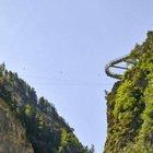 Il sentiero dell'Orrido e la passerella sospesa: l'esperienza adrenalinica