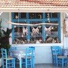 Lesbo, la piccola isola del Mar Egeo al profumo di anice e cannella