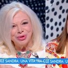 Sandra Milo choc a Estate in Diretta: «È stato violento, gli ho tirato una ciabatta...». Roberta Capua allibita