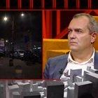De Magistris in tv durante gli scontri di Napoli. Luca Annunziata lo incalza: «Non è meglio che vada in città invece di stare in tv?»