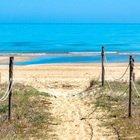 """Abruzzo, le Maldive """"dietro l'angolo"""": ecco la spiaggia dorata bagnata dal mare turchese"""