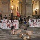 Scuola, protesta nella notte al Miur: «Il 19 Novembre si scende in piazza»