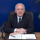 Covid, De Luca chiude le scuole in Campania: «Tutti a casa da lunedì, i dati sono drammatici»