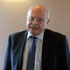 Covid, Massimo Galli: «Calo delle terapie intensive? Si svuotano per i morti»