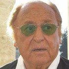 Raffaella Carrà, Renzo Arbore: «Con lei è morta la televisione. Quella volta che accettò la corte di Berlusconi»