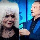 I Soliti Ignoti, Donatella Rettore sbaglia a giocare. Amadeus s'infuria: «Fammi finire di parlare...». Gelo in studio