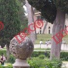 Roma, Villa Borghese piena: poche mascherine e distanziamento sociale