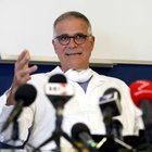 Covid, Zangrillo come un anno fa: «Il virus è clinicamente inesistente»