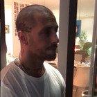 Fabrizio Corona, arriva la polizia a casa per schiamazzi notturni: «Basta, stavolta mi taglio la gola»