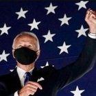 """Biden e Kamala Harris sul tetto del mondo: """"E' l'ora di cambiare l'America"""". """"Sono la prima donna vicepresidente, non sarò l'ultima"""""""