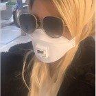 Wanda Nara e l'incubo Coronavirus, mascherina in aeroporto a Fiumicino: «Me l'hanno regalata»