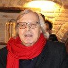 Vittorio Sgarbi a cena dal ristoratore ribelle: «Propongo carriera in Parlamento». Il locale chiuso per 5 giorni