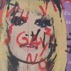 Raffaella Carrà, scempio a Barcellona: il murales imbrattato da frasi omofobe