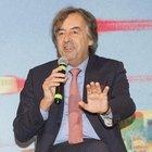 Burioni, le consulenze e le accuse: «Sarò in silenzio stampa fino all'autunno, in Italia nessuno ti perdona la popolarità»