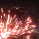Capodanno: lo spettacolo dei fuochi d'artificio a Napoli (nonostante l'ordinanza anti-botti)