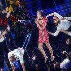 Sanremo 2020: la serata dei duetti nelle immagini più emozionanti