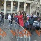 Protesta davanti Palazzo Chigi dopo Dpcm: «Conte scendi! Pagateci liquidità, io mi lego qui»