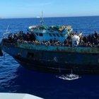 Sicilia, 10 migranti positivi sbarcati a Lampedusa